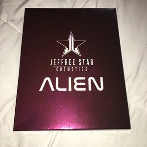 NWT Jeffree Star Cosmetics Alien Eyeshadow Palette